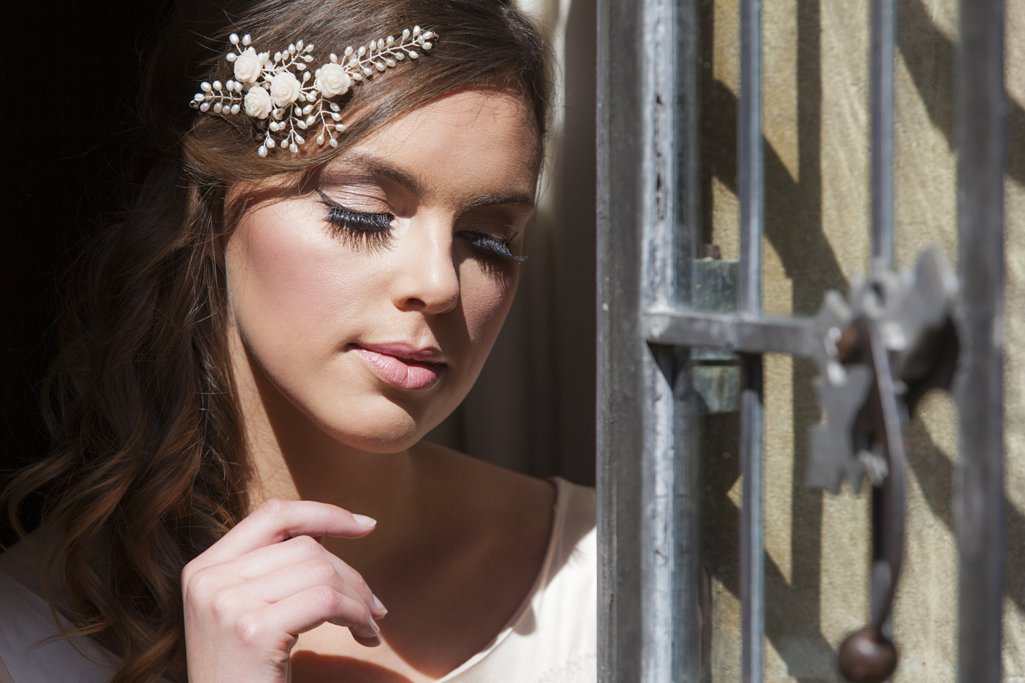 Vivien J Bridal Accessories 2014 campaign shoot Perfect Day Bridal Rooms Guyers House Wiltshire Red Forge Studios_0001