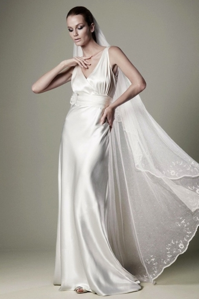 How To Choose A Wedding Dress That Makes You Look Tall Perfect Day