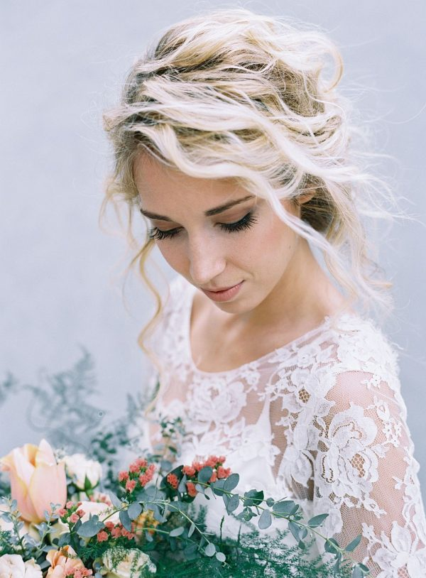 modern and minimalist bridal hairstyles you ll swoon over