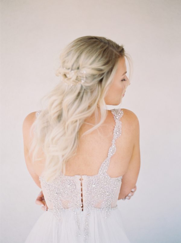 10 Tips For A Stress-Free Wedding Dress Shopping Experience stylemepretty.com - bluerosepictures.com