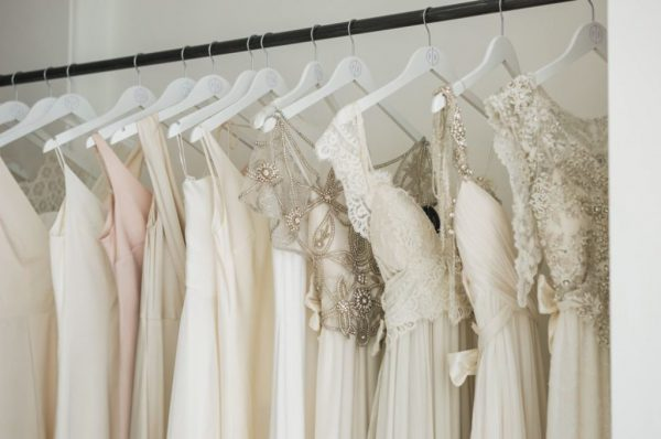 10 Tips For A Stress-Free Wedding Dress Shopping Experience wedding-dress-shopping-tips-with-the-bridal-edit-2-1024x680
