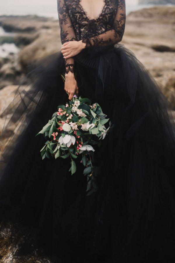 Spooky Yet Stylish Halloween Wedding Inspiration artfullywed.com - marisabraphotography.com