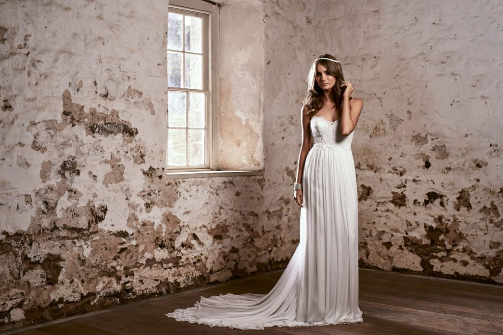 Funky Bath Wedding Dress Shops Elaboration - Wedding Ideas - nilrebo ...