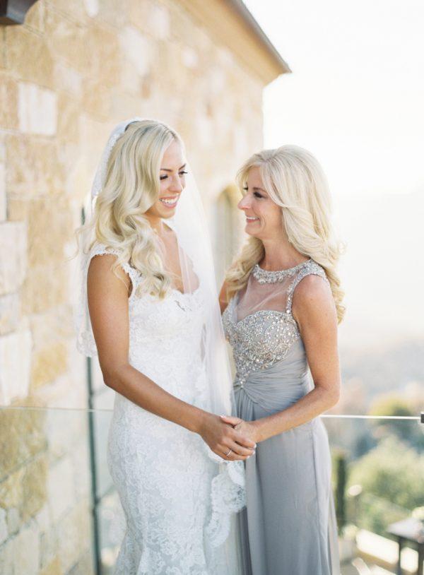 5 Wonderful Ways to Involve the Mother of the Bride stylemepretty.com - patmoyerweddings.com