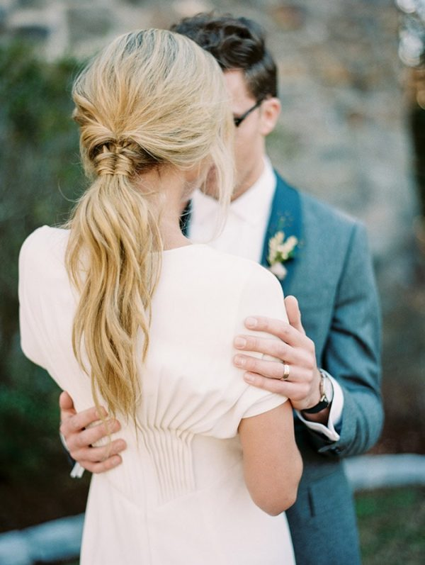 Modern and Minimalist Bridal Hairstyles oncewed.com - laurenkinsey.com