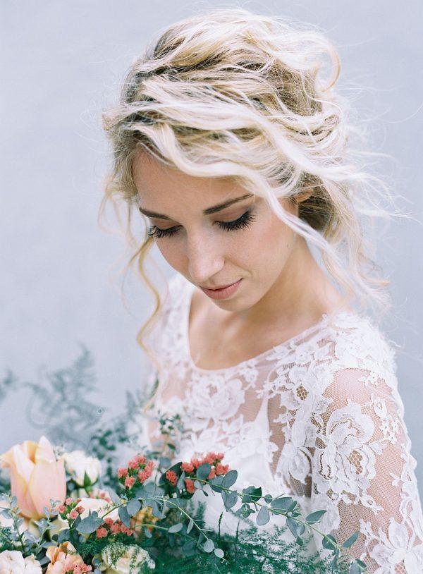 Modern and Minimalist Bridal Hairstyles weddingsparrow.com - austingros.com