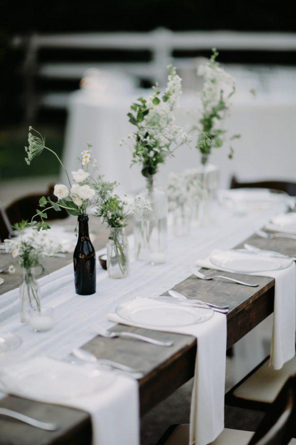 How To Pull Off A Modern Minimalist Wedding Theme cedarwoodweddings.com - bradandjen.com