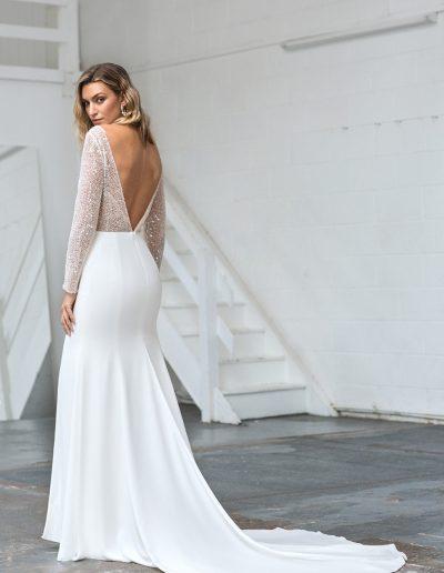 Elin_back_Love_Story_Bride