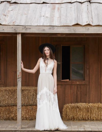 perfect-day-bride-bridal-wedding-dress-boutique-bath-south-west-boho-Clementine_Willowby_Perfect_Day_Bride