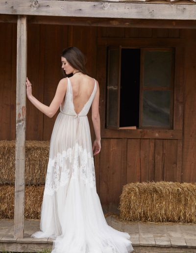 perfect-day-bride-bridal-wedding-dress-boutique-bath-south-west-boho-Clemintine_willowby_Perfect_Day_Bride2