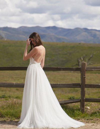 perfect-day-bride-bridal-wedding-dress-boutique-bath-south-west-boho-Harper_Willowby_Perfect_Day_Bride_2
