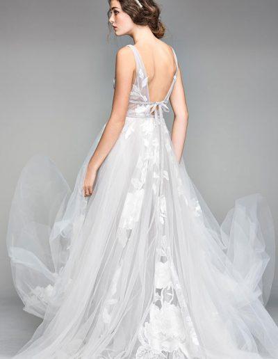 perfect-day-bride-bridal-wedding-dress-boutique-bath-south-west-boho-flossy-willow-bridal-studio-bath-south-westWILLOWBY_S18_50704_1418_b_crop