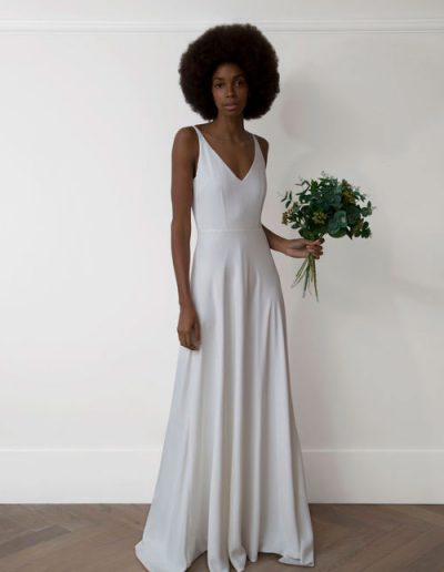 perfect-day-bride-bridal-wedding-dress-boutique-bath-south-west-modern-2020-Charlie-Brear-Wedding-Dress-Fernley-3000.19