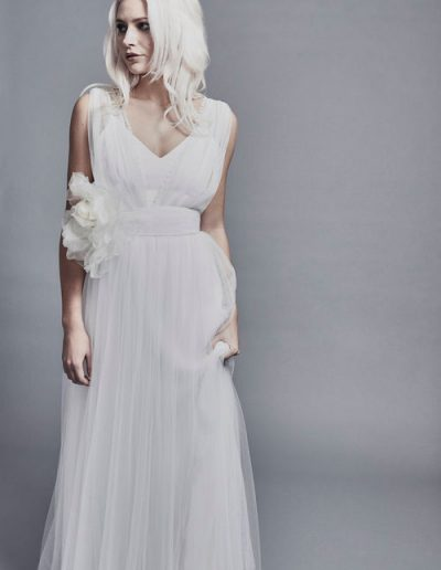 perfect-day-bride-bridal-wedding-dress-boutique-bath-south-west-modern-2020-Charlie-Brear-Wedding-Dress-Layla-Odrs.15