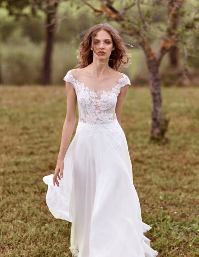 perfect-day-bride-bridal-wedding-dress-boutique-bath-south-west-romantic-ANNA-KARA---Gail