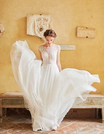 perfect-day-bride-bridal-wedding-dress-boutique-bath-south-west-romantic-ANNA-KARA---Shiloah-3