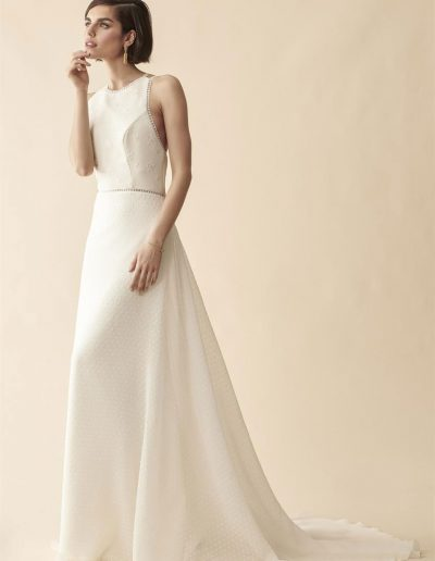perfect-day-bride-bridal-wedding-dress-boutique-bath-south-west-romantic-Marylise-2020-Cath-me-if-you-can-2-1-lr