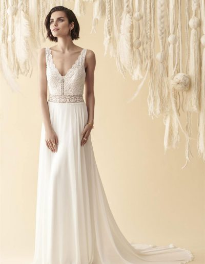 perfect-day-bride-bridal-wedding-dress-boutique-bath-south-west-romantic-Marylise-2020-Every-day-sunshine-5-lr