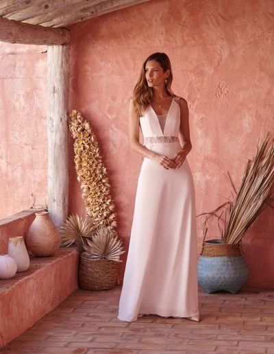 perfect-day-bride-bridal-wedding-dress-boutique-bath-south-west-romantic-Marylise-2020-Made-with-Love-1-lr