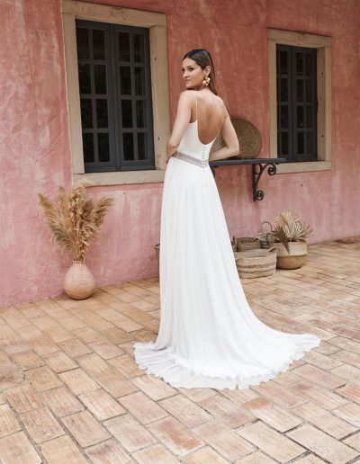 perfect-day-bride-bridal-wedding-dress-boutique-bath-south-west-romantic-Marylise-2020-Marta-4-lr