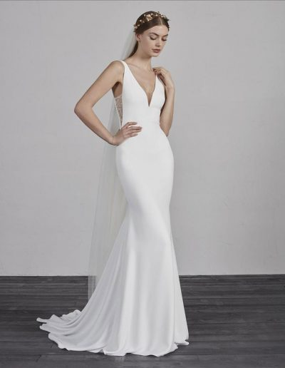 perfect-day-bride-bridal-wedding-dress-boutique-bath-south-west-timeless-ESTILO-Pronovias-Perfect-Day-Bride-Bradford-On-Avon-Bath-Bristol