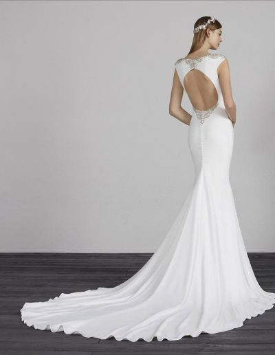 perfect-day-bride-bridal-wedding-dress-boutique-bath-south-west-timeless-MATHIS-Pronovias-Perfect-day-bride-Bradford-On-Avon-Bath-Bristol