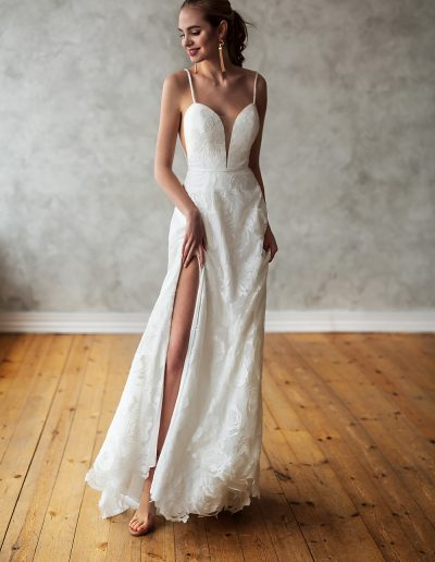 perfect-day-bride-wedding-dress-boutique-bath-south-west-bristol-love-and-liberty-5S4A7110t