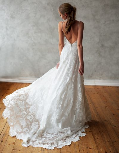 perfect-day-bride-wedding-dress-boutique-bath-south-west-bristol-love-and-liberty-5S4A7252t